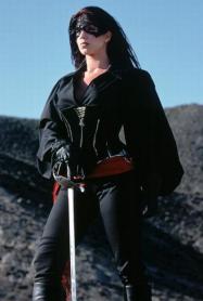 Tessa, à la pointe de l'épée